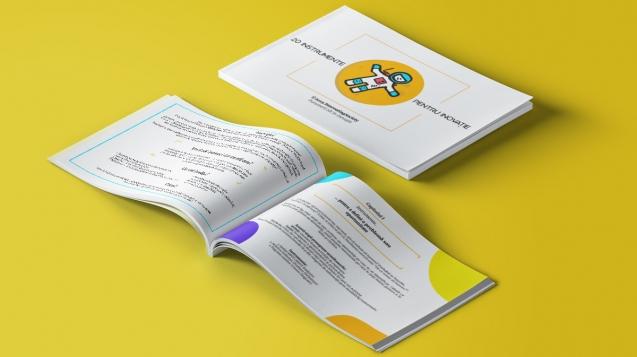 "Mock up of Innovating Society's eBook ""20 de Instrumente pentru Inovatie."""